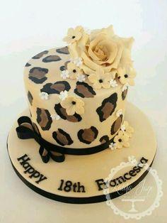 Print leopardo Cheetah Print Cakes, Leopard Cake, Leopard Party, Pretty Cakes, Beautiful Cakes, Amazing Cakes, Fondant Cakes, Cupcake Cakes, Birthday Cakes