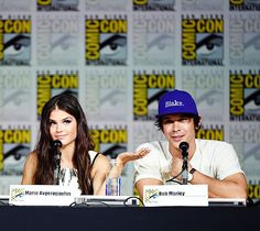 Marie Avgeropoulos and Bob Morley at SDCC 2015 || The 100 cast || Blake siblings || Octavia Blake and Bellamy Blake