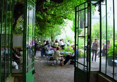 Que faire à Paris Paris terrasses: Patios fleuris, jardins secrets...