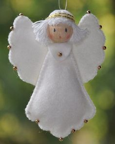 """Everything about """"Felt Ornaments"""" Christmas Angel Ornaments, Felt Christmas Decorations, Felt Ornaments, Christmas Art, Christmas Projects, Handmade Christmas, Beaded Ornaments, Birthday Decorations, Felt Crafts"""