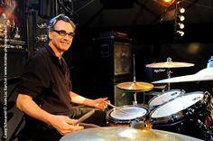 Casey Scheuerell fará um workshop sobre ritmos e técnicas para bateristas no Conservatório e Faculdade Musical Souza Lima.