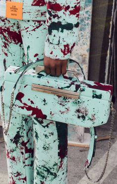 Queen Fashion, Couture Fashion, Fashion Show, Backpack Purse, Couture Collection, Satchels, Vogue, African, Backpacks