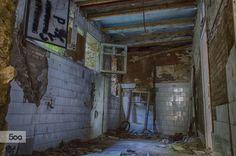 Habitacion abandonada by juan carlos carnerero romo on 500px