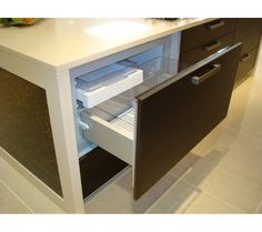 rb90s64mkiw1 - Under bench Freezer ( or fridge) 900 wide Fisher Paykel
