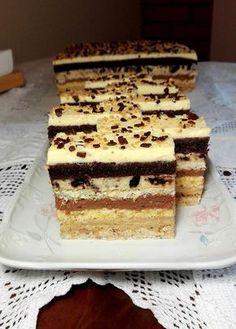 Fantázia szelet, egy süti ami annyira fantasztikus, hogy nem lehet megunni! Hungarian Desserts, Hungarian Recipes, Sweet Recipes, Cake Recipes, Dessert Recipes, Polish Recipes, Cake Cookies, Nutella, Bakery