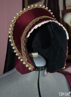 Tudor French Hood with pearls and trims Anne Boleyn Henrician one size di IlFioreNero su Etsy