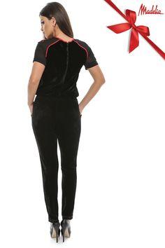 Salopeta din catifea cu motive florale | Madelia Fashion - Magazin online haine și rochii de damă Black Jeans, Jumpsuit, Velvet, Floral, Pants, Collection, Dresses, Fashion, Overalls