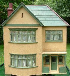 1920s - 1930s dollhouse  Rick Maccione-Dollhouse Builder www.dollhousemansions.com