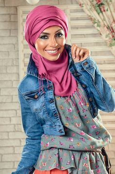 hijab look coral maxi skirt, denim jacket, floral top Casual hijab looks by 27dresses http://www.justtrendygirls.com/casual-hijab-looks-by-27dresses/