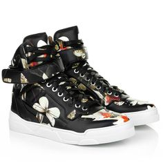 Casual & ease? Wear this Sneakers by Givenchy: HT Tyson Multicolore. Fashionette.de