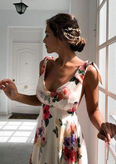 40 Magnificent Ideas Summer Work Outfits for Women - Cimonds Elegant Dresses, Beautiful Dresses, Casual Dresses, Awesome Dresses, Amazing Outfits, Looks Party, Backless Maxi Dresses, Prom Dress, Floral Print Maxi Dress