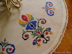 Russian Cross Stitch, Cross Stitch Love, Cross Stitch Borders, Cross Stitch Flowers, Cross Stitch Charts, Cross Stitch Designs, Cross Stitching, Cross Stitch Patterns, Kasuti Embroidery