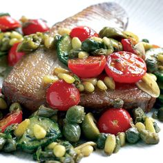 Tuna Steak Recipes, Fish Recipes, Meat Recipes, Seafood Recipes, Tuna Meat, Italian People, Seared Tuna, Tuna Steaks, Restaurant