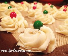 These Viennese butter cookies are just perfect to add to your Holiday cookie recipe list!