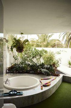 "ESCRITOS-G: ""César Loved to Dance"" | ARQUITECTURA-G Green Interior Design, Vintage Interior Design, Vintage Interiors, Interior And Exterior, Tenerife, Butterfly House, Island Design, Dream Bathrooms, Future House"