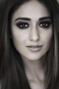 Ileana d'Cruz, bollywood, shining eyes, actress, wallpaper love u 💘💘 Bollywood Images, Bollywood Actors, Bollywood Celebrities, Beautiful Bollywood Actress, Most Beautiful Indian Actress, Beautiful Actresses, Beautiful Celebrities, Cute Beauty, Beauty Full Girl