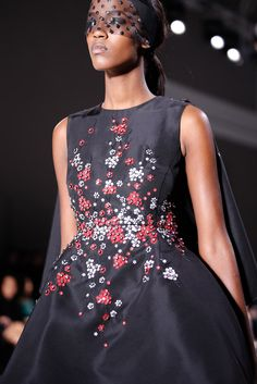 Giambattista Valli - Spring 2015 Couture - Look 41 of 102