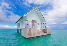 Casamento dos sonhos: veja o altar cercado por água nas Ilhas Maldivas