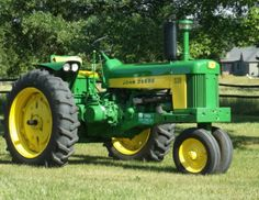 JOHN DEERE 530 Jd Tractors, John Deere Tractors, John Deere Equipment, Tractor Implements, Classic Tractor, Antique Tractors, Engine Rebuild, Hobby Farms, Rubber Tires
