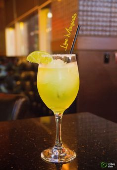 Lime Margarita White Wine, Margarita, Alcoholic Drinks, Lime, Urban, Tableware, Glass, Food, Alcoholic Beverages