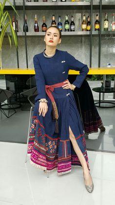 #hilltribehouse fasion Thai Fashion, Tribal Fashion, Thai Traditional Dress, Traditional Outfits, Ethnic Chic, Thai Dress, Batik Dress, International Fashion, Textiles