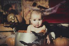 Sesión de fotos infantil de halloween en estudio en barcelona, sesión de fotos halloween, Fotógrafo de niños en Barcelona, photography, 274km, Gala Martinez, Hospitalet, Studio, estudi, estudio, nens, kids, children, baby, bebe,