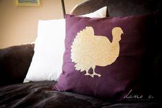 DIY Turkey Throw Pillow tutorial using Glitter Heat Transfer. Great idea for decor!