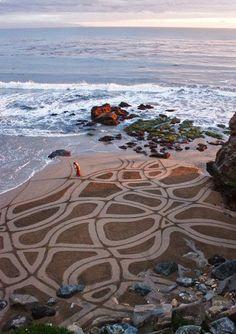 Meditation in Mentaal Spa Lidice-Ba / Mandala na praia é meditação no Mentaal Spa Lidice-Ba #spamental #lidiceba