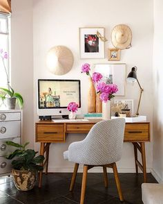 Looking to spruce up your home office? ✨✏️Get some inspiration from 3 amazing office makeovers on our blog today—link in profile! #mywestelm