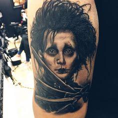 @tattoosbybeto12 Movie Tattoos, Johnny Depp Movies, Fear And Loathing, The Lone Ranger, Edward Scissorhands, Tim Burton, Alice In Wonderland, Pop Culture, Image