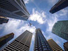 Есть люди, которые зарабатывают огромные суммы, а есть те, которые меняют мир благодаря собственным предпринимательским проектам. Jeddah, Akbar Travels, Post Bank, Dubai, Management Company, Property Management, Blockchain Technology, Business Travel, New York City