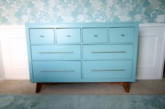We're bringing you an IKEA Hemnes dresser mid century modern hack that we performed to make our boring IKEA furniture stand out in our new nursery! Ikea Living Room, Ikea Bedroom, Bedroom Ideas, Living Rooms, Master Bedroom, Nursery Ideas, Mid Century Modern Dresser, Mid Century Modern Bedroom, Hemnes