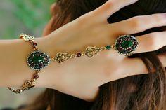 Zenne Şahmeran Hand Bracelet With Ring, Slave Bracelet, Ring Bracelet, Bracelets, Bangle, Beaded Anklets, Beaded Jewelry, Bracelet Designs, Necklace Designs