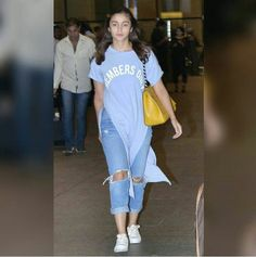 Planning to travel? Take some style-cue from the trendy Alia Bhatt!  -Your Glam Pal, Srishti  #aliabhatt #travelstyle #airportstyle #glamoursaga