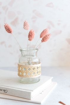 Diy Upcycling, Diy Blog, Creature Comforts, Vase, Diy Home Decor, Decorative Boxes, The Creator, Place Card Holders, Diy Crafts