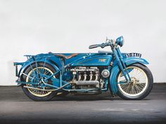 RM Sotheby's - 1925 Henderson De Luxe with Goulding Sidecar Henderson Motorcycle, Vintage Cars, Antique Cars, Buick Models, New York To Paris, Horse And Buggy, Roof Light, Hot Bikes, Cafe Racer