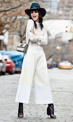 Το look της Kendall Jenner στο Paris Fashion Week. Cropped Pants 806d8c9fa47