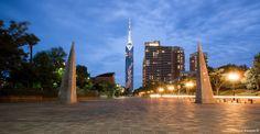 Si vous voyagez à Fukuoka dans le Kyushu, vous ne pouvez pas manquer la partie ouest de cette grande ville : Momochihama. On y trouve notamment deux points d'intérêt que sont ses plages agréables, mais aussi la tour...