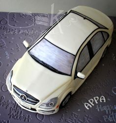 Vw logo 18th birthday cake made by sweetsbysuzie for Mercedes benz cake design