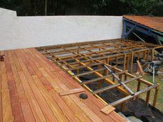 Terrasse sur poteaux avec patelage bois Outdoor Furniture, Outdoor Decor, Deck, Backyard, Wood, Nature, Home Decor, Garden, Small Terrace