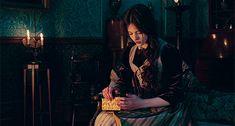 Nutcracker Movie, Ashley Jane, Twilight Breaking Dawn, Mackenzie Foy, Royal Colors, Aradia, Female Character Inspiration, Into The Fire, Sunrises