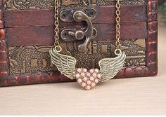 2014 New Fashion Hot Selling Burst Models Invisible Wings Heart Pearl Necklace / Pink Necklace  #valentine