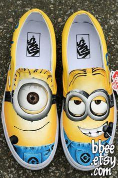 Shoe Art by Alexandra Trim Painted Canvas Shoes, Painted Jeans, Hand Painted Shoes, Minion Shoes, Minion Clothes, Vans Shoes Fashion, Shoe Makeover, Shoe Art, Art Shoes