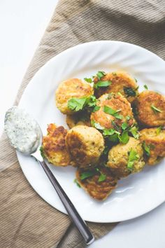 the best ever falafels - Smart Nutrition with Jessica Penner, RD Side Recipes, Meat Recipes, Appetizer Recipes, Vegetarian Recipes, Cooking Recipes, Healthy Recipes, Appetizers, Recipies, Dinner Recipes