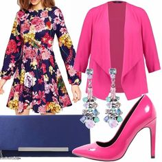 Un outfit elegante e chic adatto a una cerimonia. I colori sono molto accesi, dal fucsia al blu del vestito con stampa floreale, orecchini con pietre colorate.