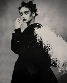 Never seen before stunning photographs of Rihanna by Paolo Roversi