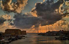 Heraklion port. Heraklion Crete, Radiators, Greece, Beautiful Places, Clouds, Island, Landscapes, Meet, Outdoor