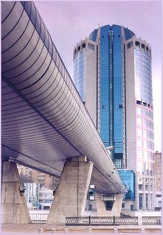 Крытый торгово-пешеходный мост Багратион