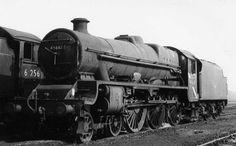 45667 Jellicoe at York Steam Tractor, Steam Railway, Abandoned Train, Train Times, Steam Engine, Steam Locomotive, Tractors, Britain, Engineering