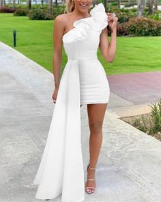 One Shoulder Ruffles Design Bodycon Dress Shop Women's Latest Fashion Clothes . Come and Get Extra Discount. Formal Bridesmaids Dresses, Homecoming Dresses, Formal Dresses, Elegant Dresses, Cute Dresses, Short Dresses, Classy Dress, Classy Outfits, Evening Wedding Receptions